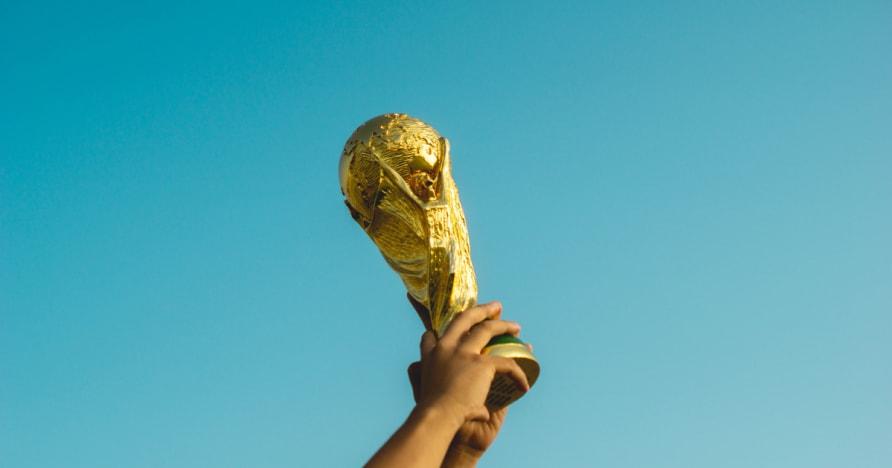 วิธีฟุตบอลโลกได้รับผลกระทบมาเก๊าหุ้นการเล่นการพนัน